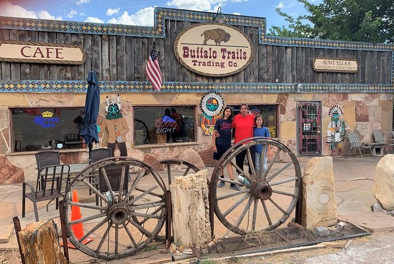 USA Roadtrip Tag 12: Las Vegas. Buffalo Trails Trading Co. Zion National Park